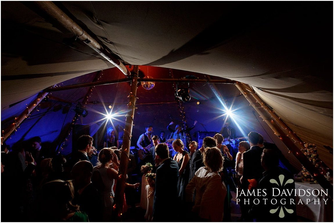 tentipi-wedding-photos-124