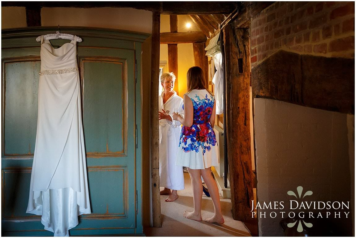 swan-lavenham-wedding-006