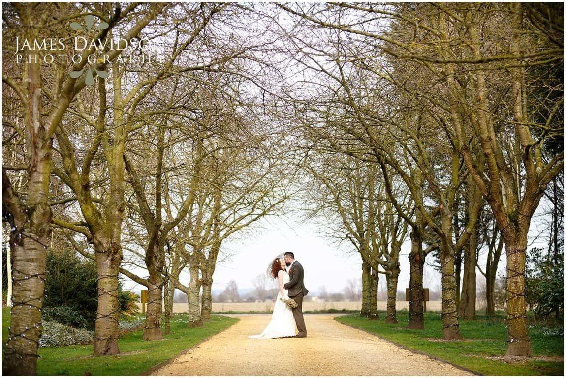 south-farm-spring-wedding-048