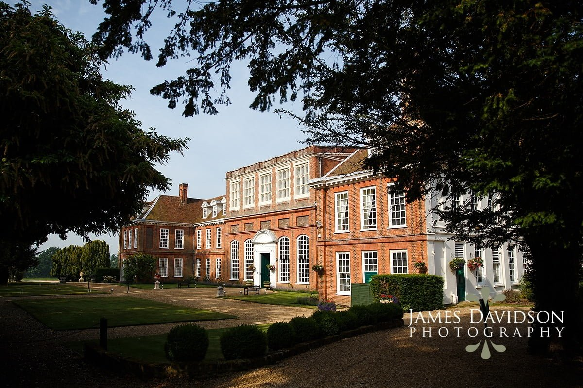 gosfield-hall-wedding-002