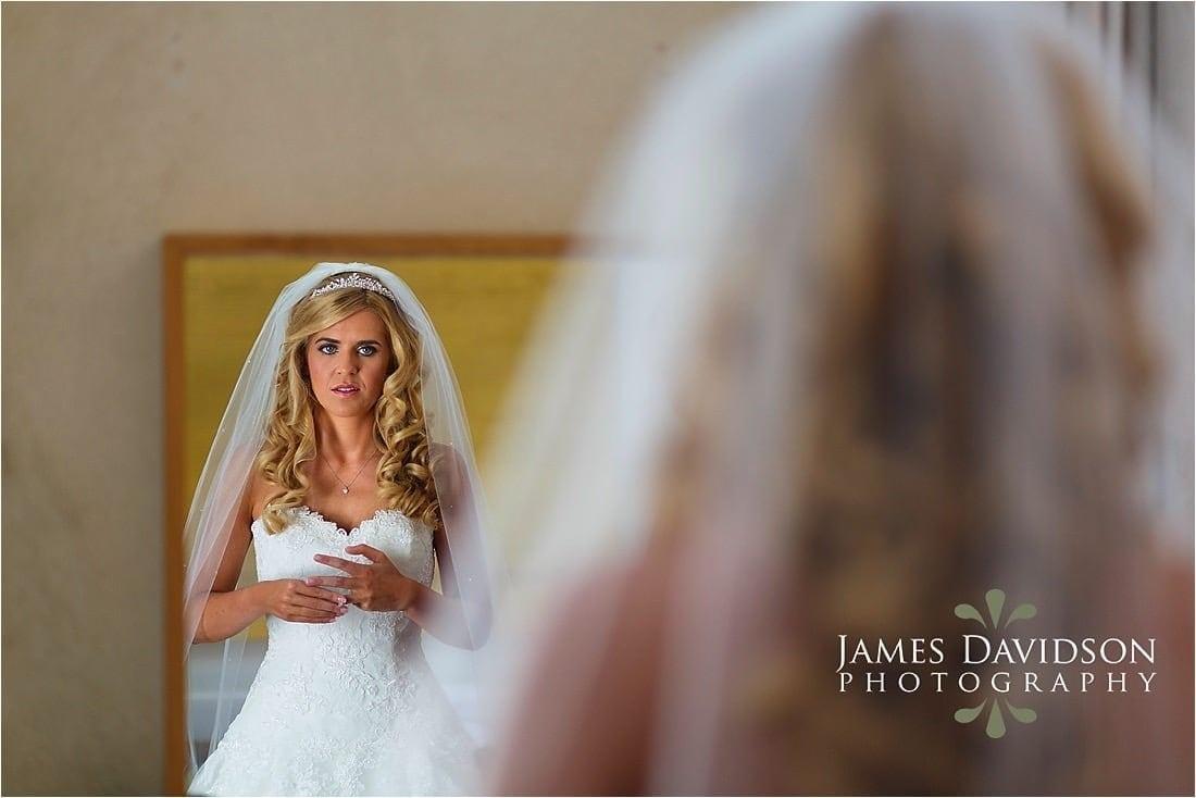 cowley-manor-wedding-020.jpg