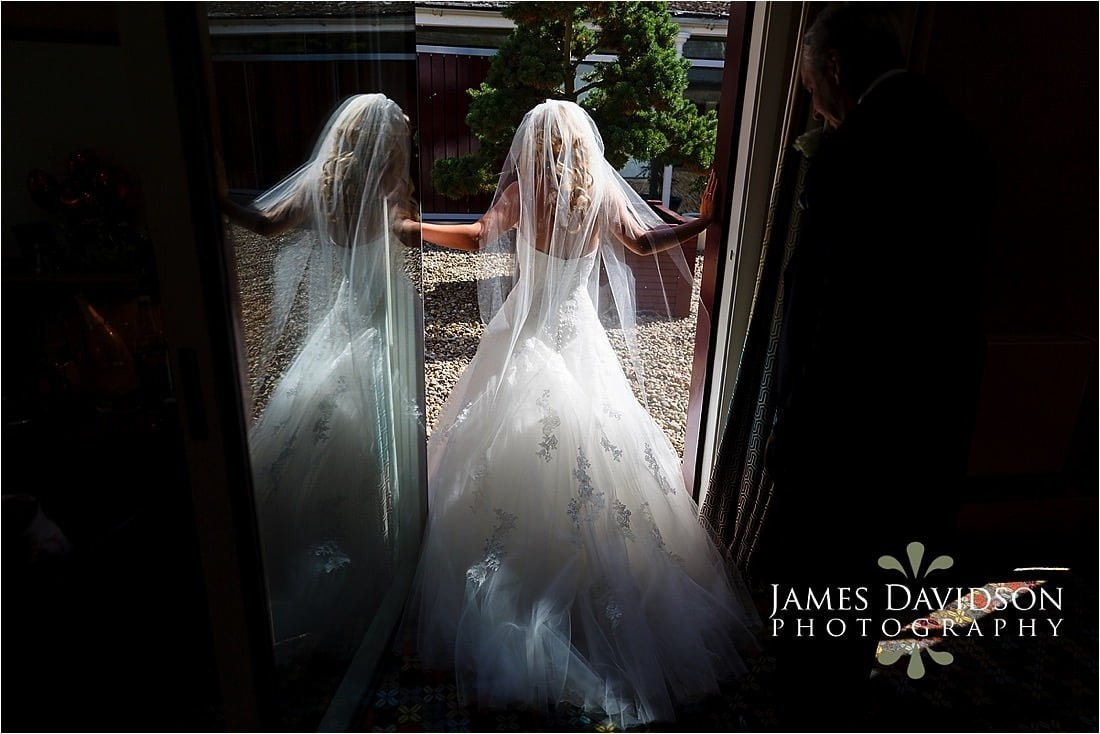 cowley-manor-wedding-027.jpg