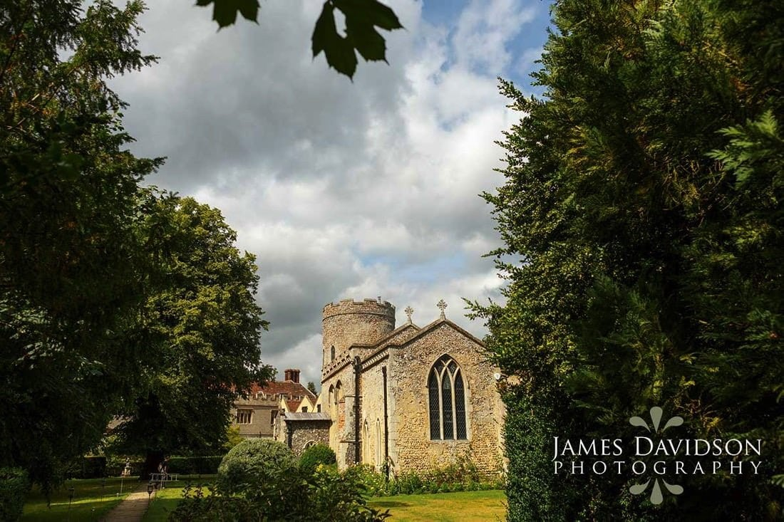 004-hengrave-hall-chapel.jpg