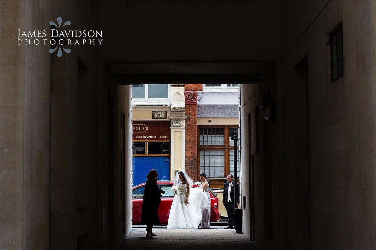 Savoy-Hotel-wedding-photographer -011.jpg