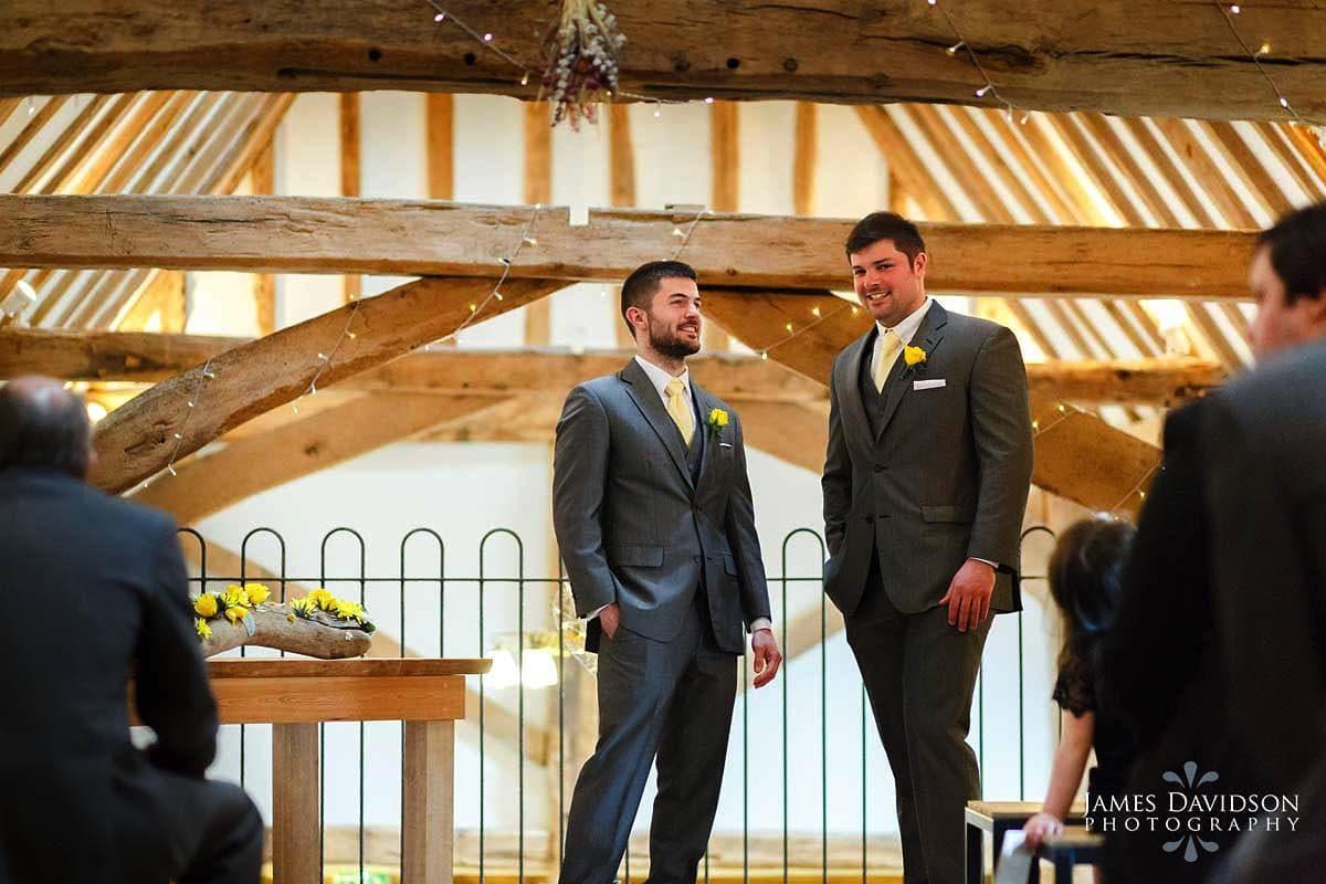 moreves-barn-wedding-039.jpg