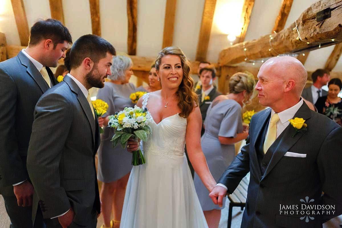 moreves-barn-wedding-044.jpg