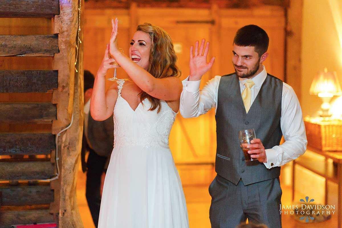 moreves-barn-wedding-102.jpg