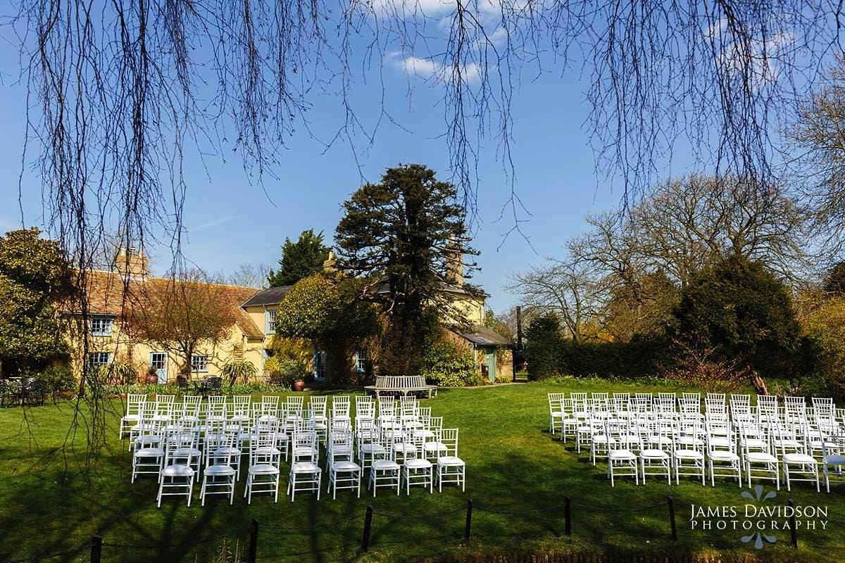 South Farm spring wedding photos