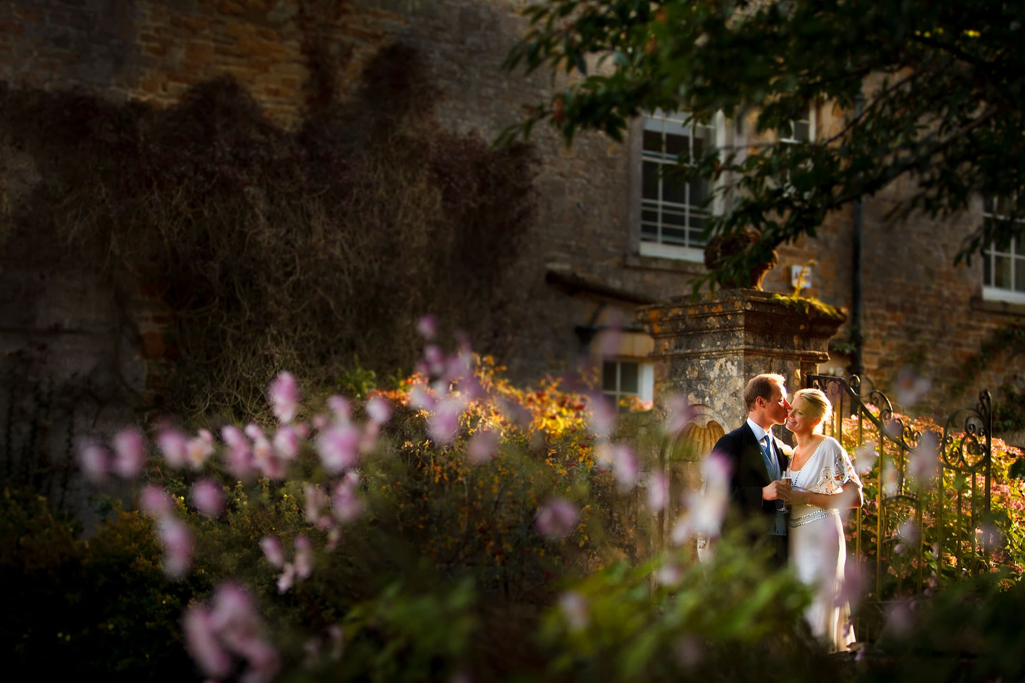 Yarlington House wedding photos of Lucy & Mark