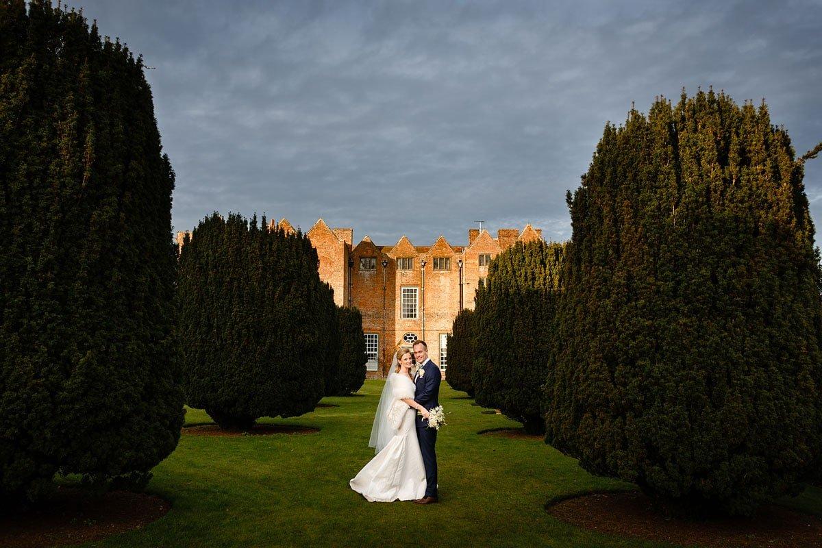 winter wedding at Glemham Hall