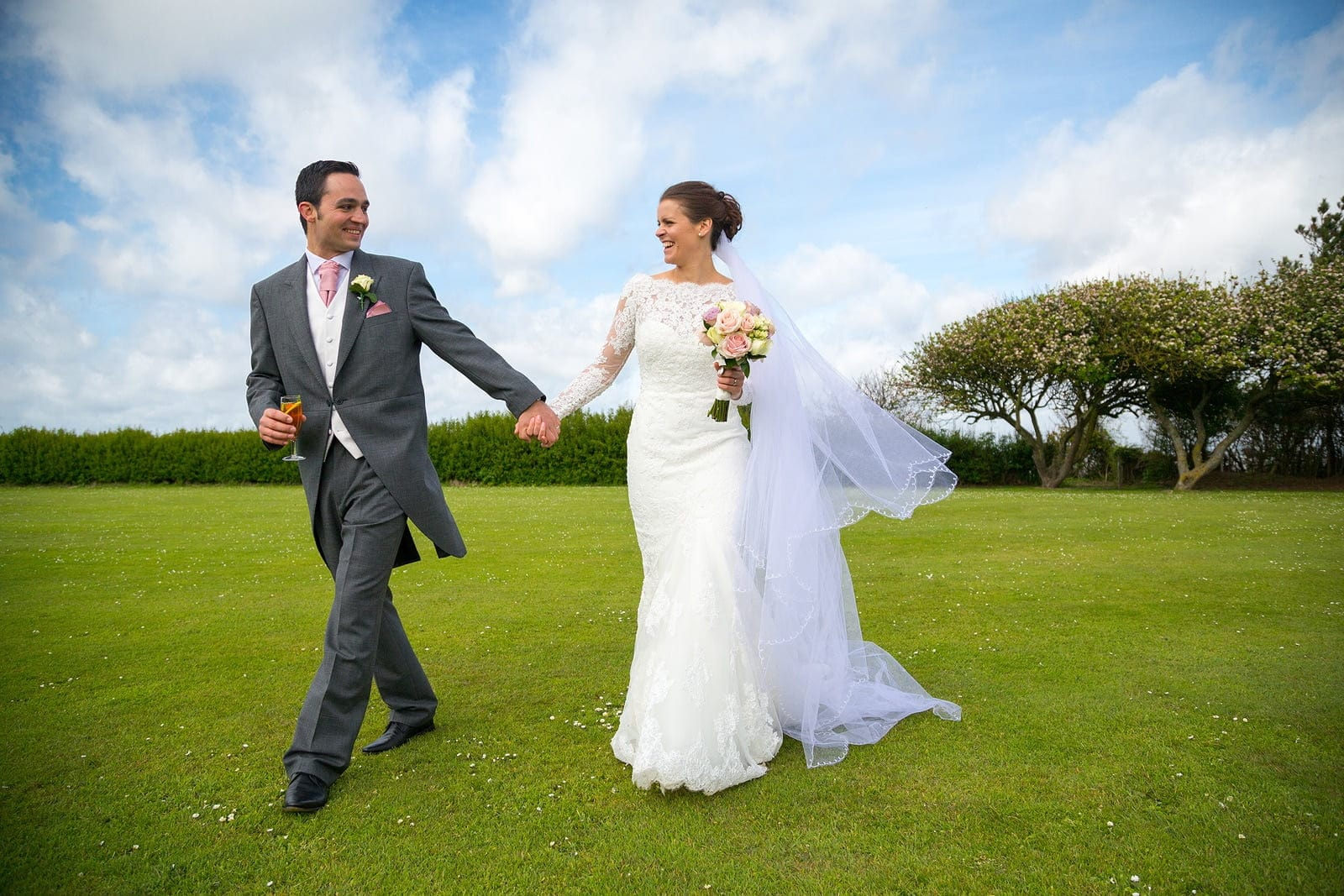 Norfolk wedding photography of Isabella and Ben