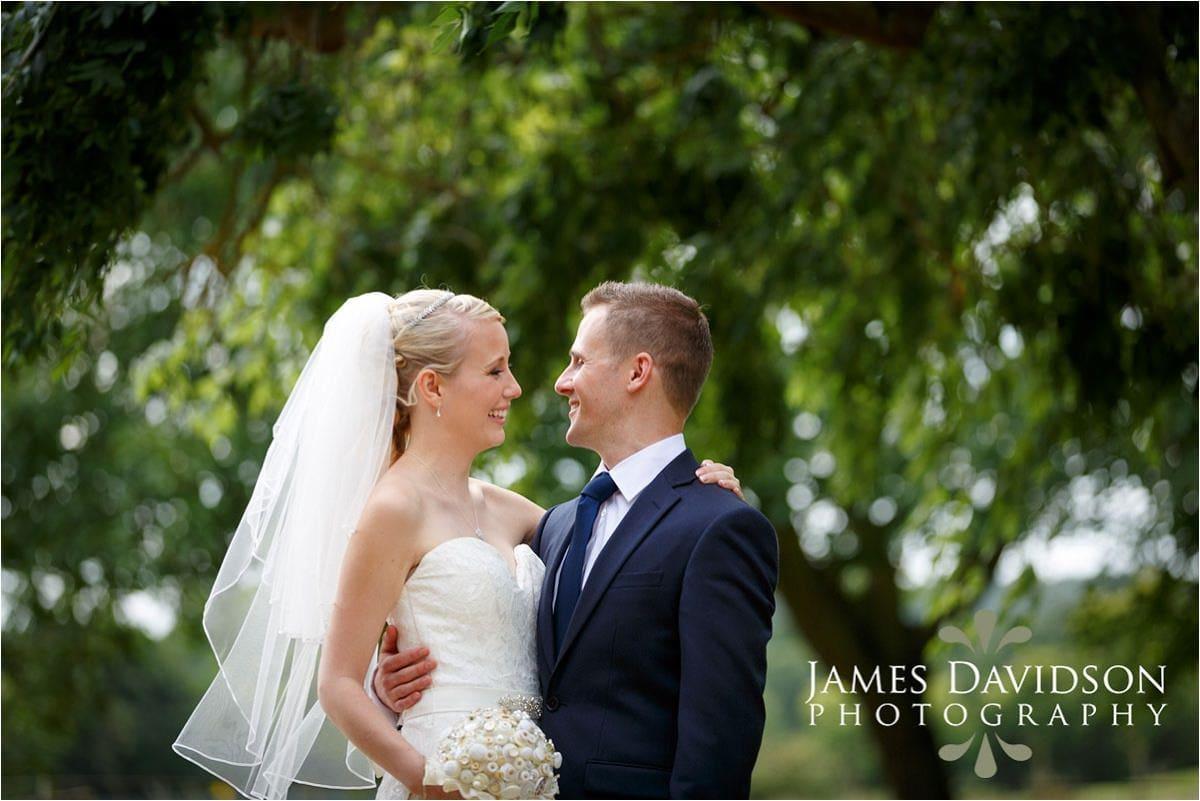 gosfield-hall-weddings-085
