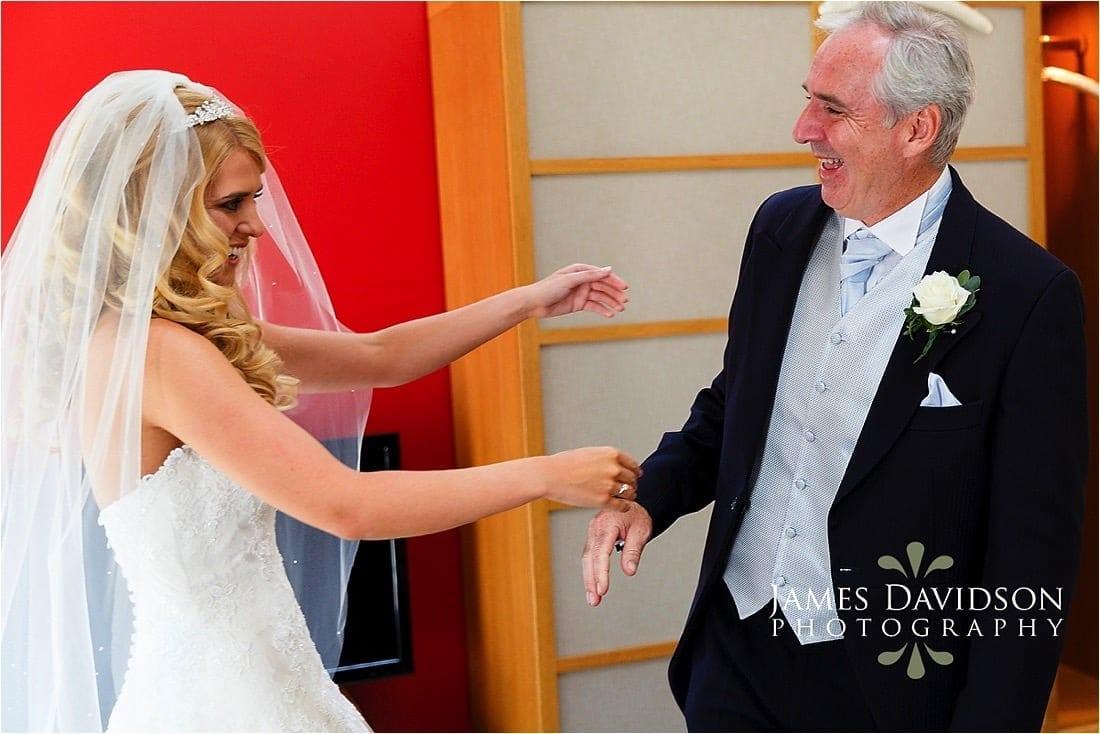 cowley-manor-wedding-025.jpg