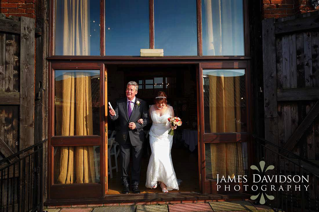 049-dairy-barns-wedding-photography.jpg