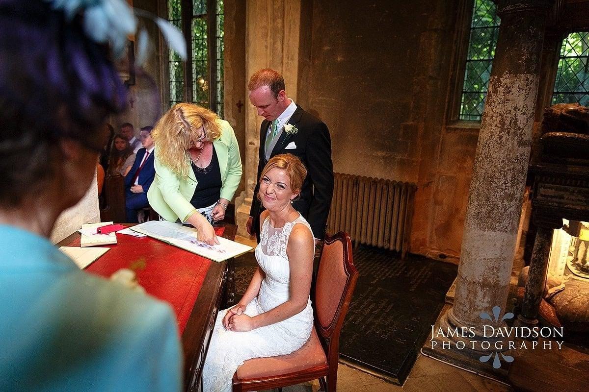 Hengrave-wedding-photography-073.jpg
