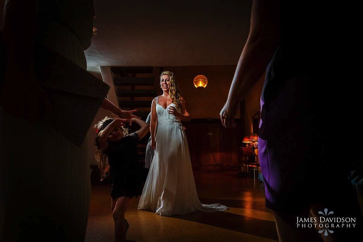 moreves-barn-wedding-101.jpg