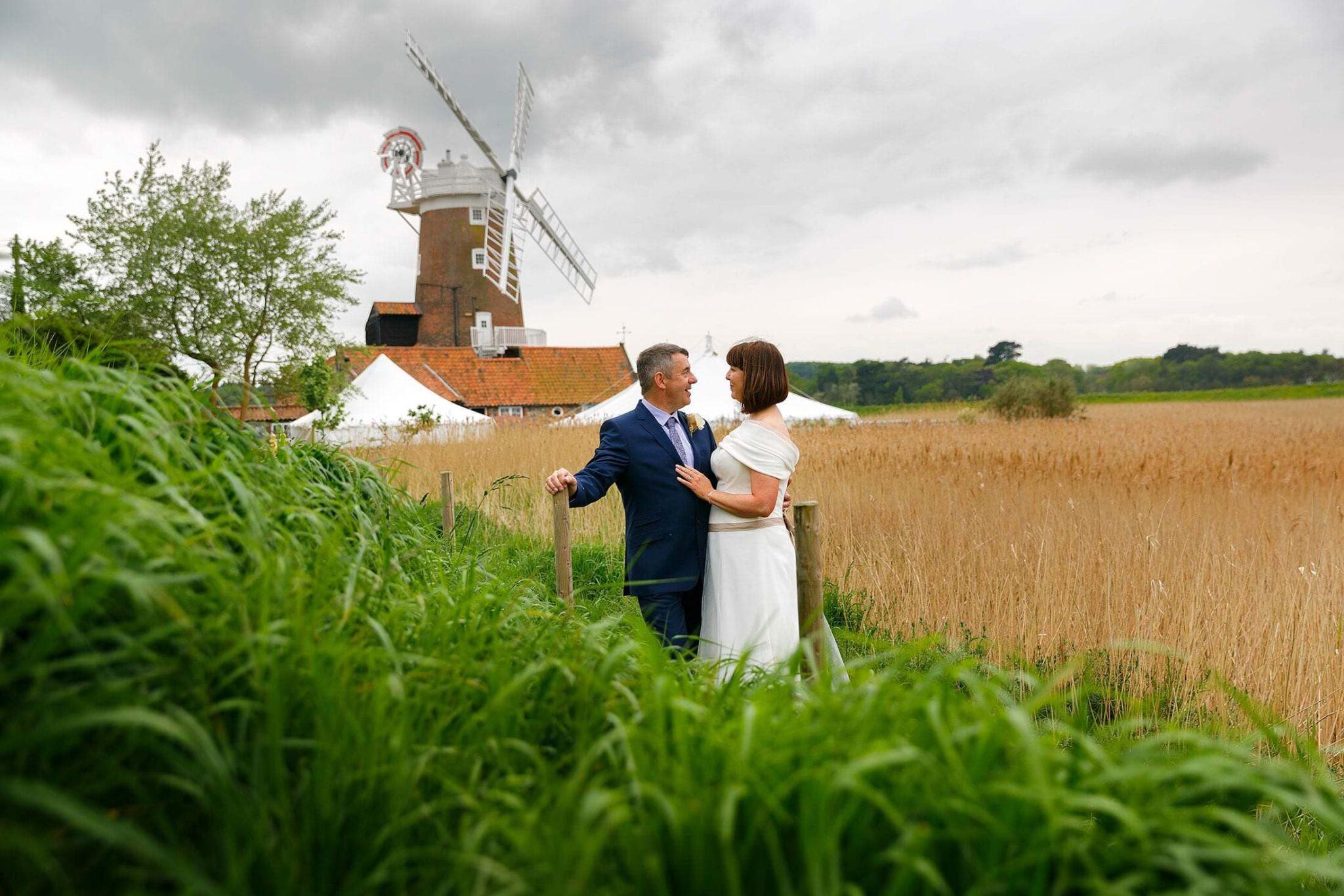 CLEY WINDMILL WEDDING PHOTOS OF KIRSTY & DOUG