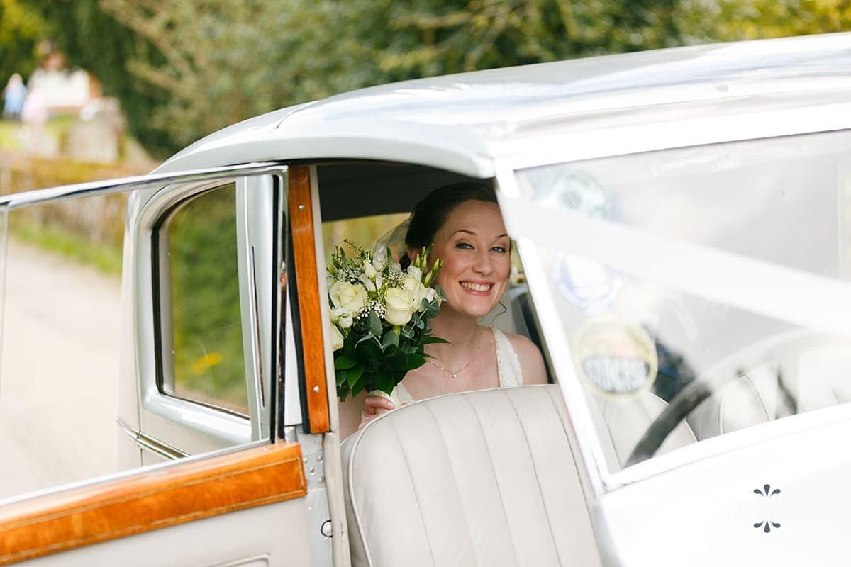 bride arriving at Church of the Holy Rood