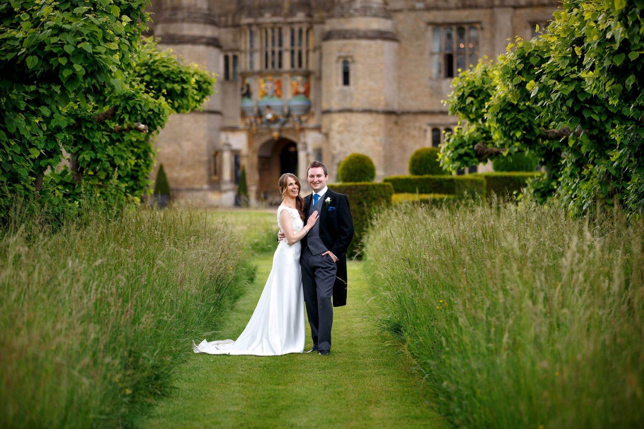 Hengrave wedding photos of Susannah & Ed