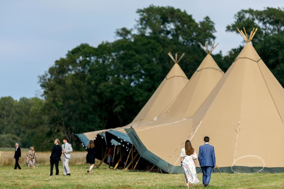 suffolk-tipi-wedding-068