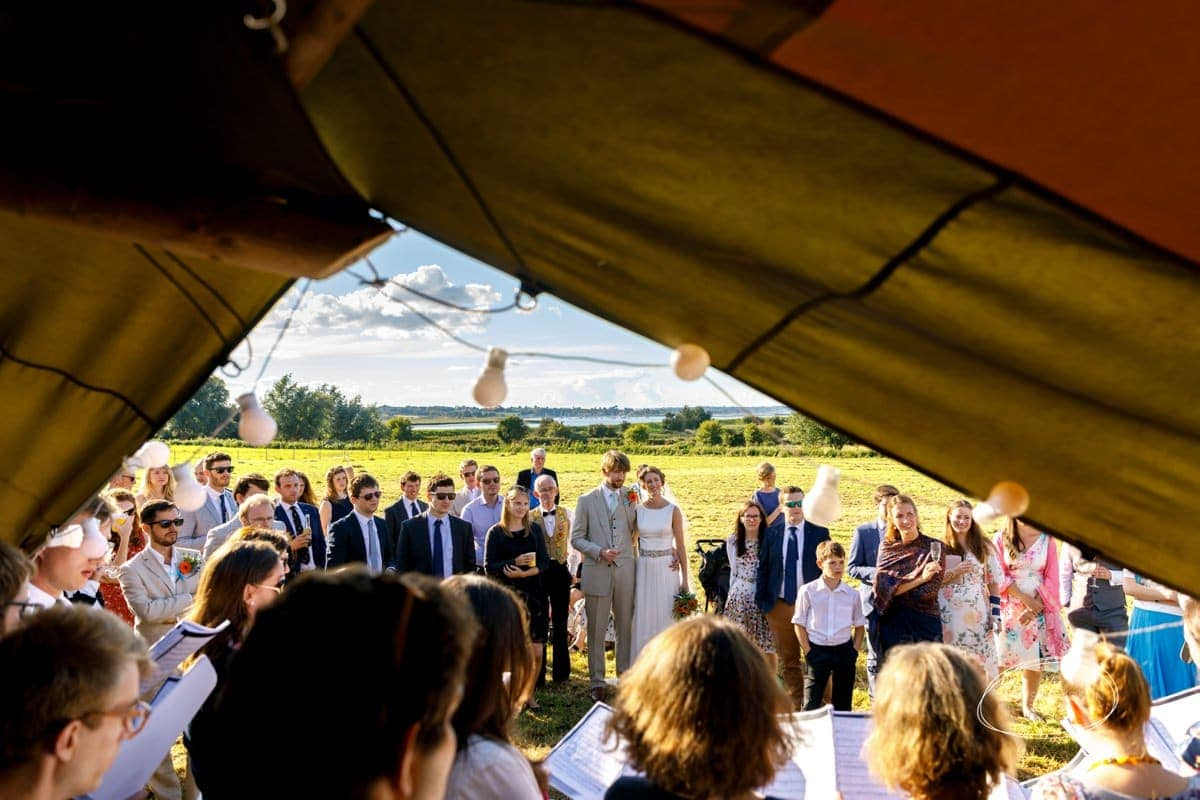 suffolk-tipi-wedding-083