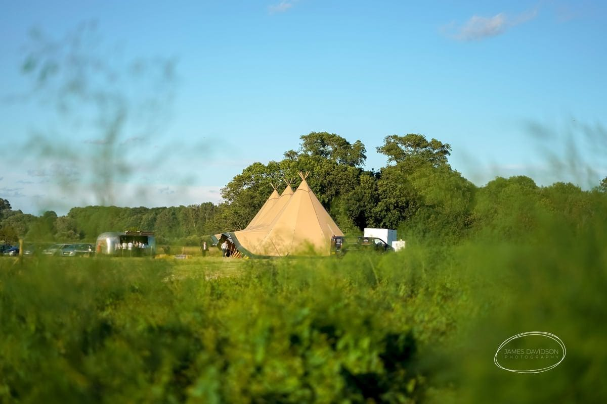 suffolk-tipi-wedding-089