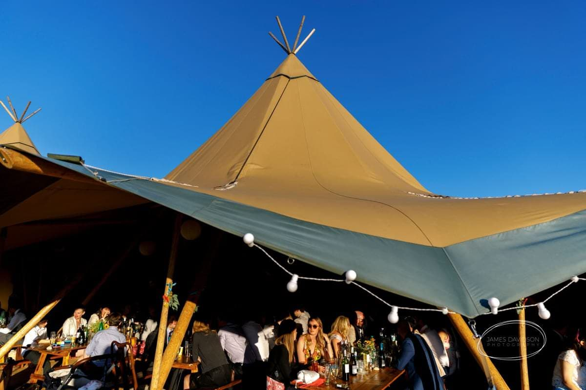 suffolk-tipi-wedding-091