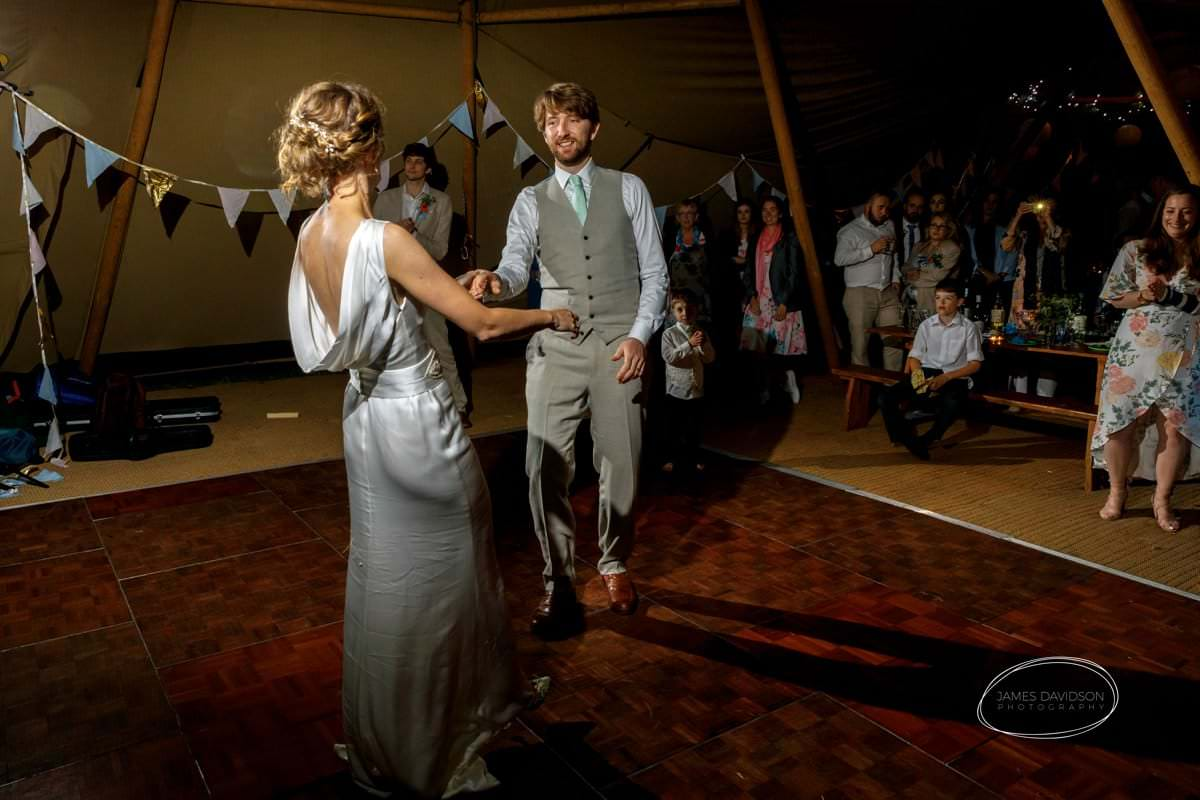 suffolk-tipi-wedding-125