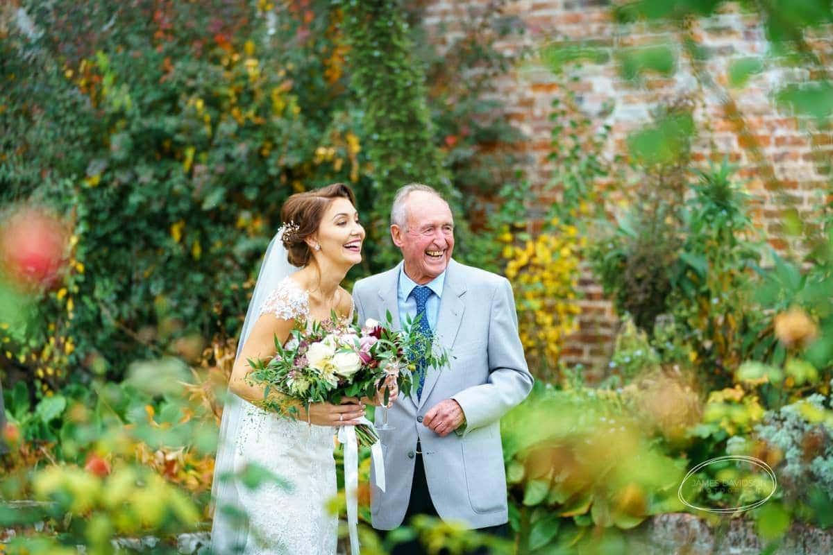 glemham-hall-wedding-photos-096
