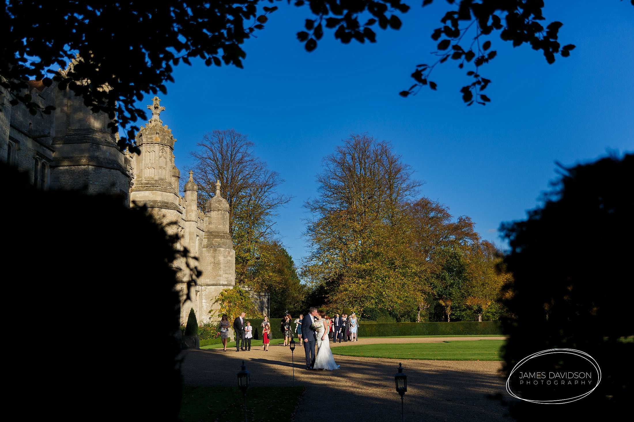 hengrave-autumn-wedding-056