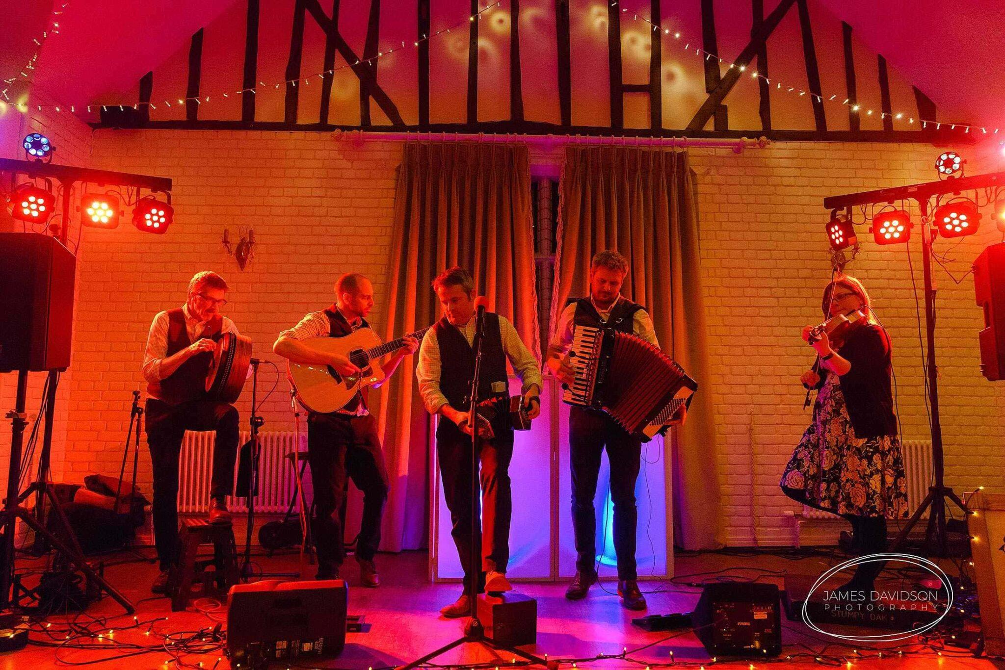 Stumpy Oak ceilidh band