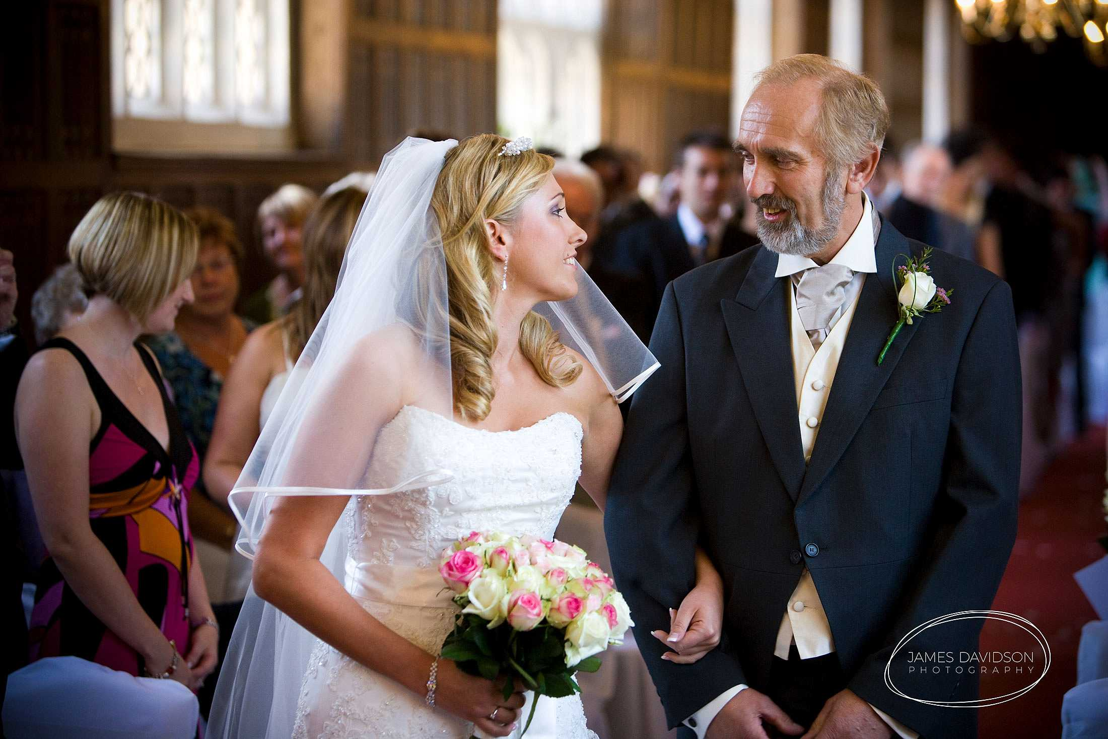 gosfield-hall-wedding-0025
