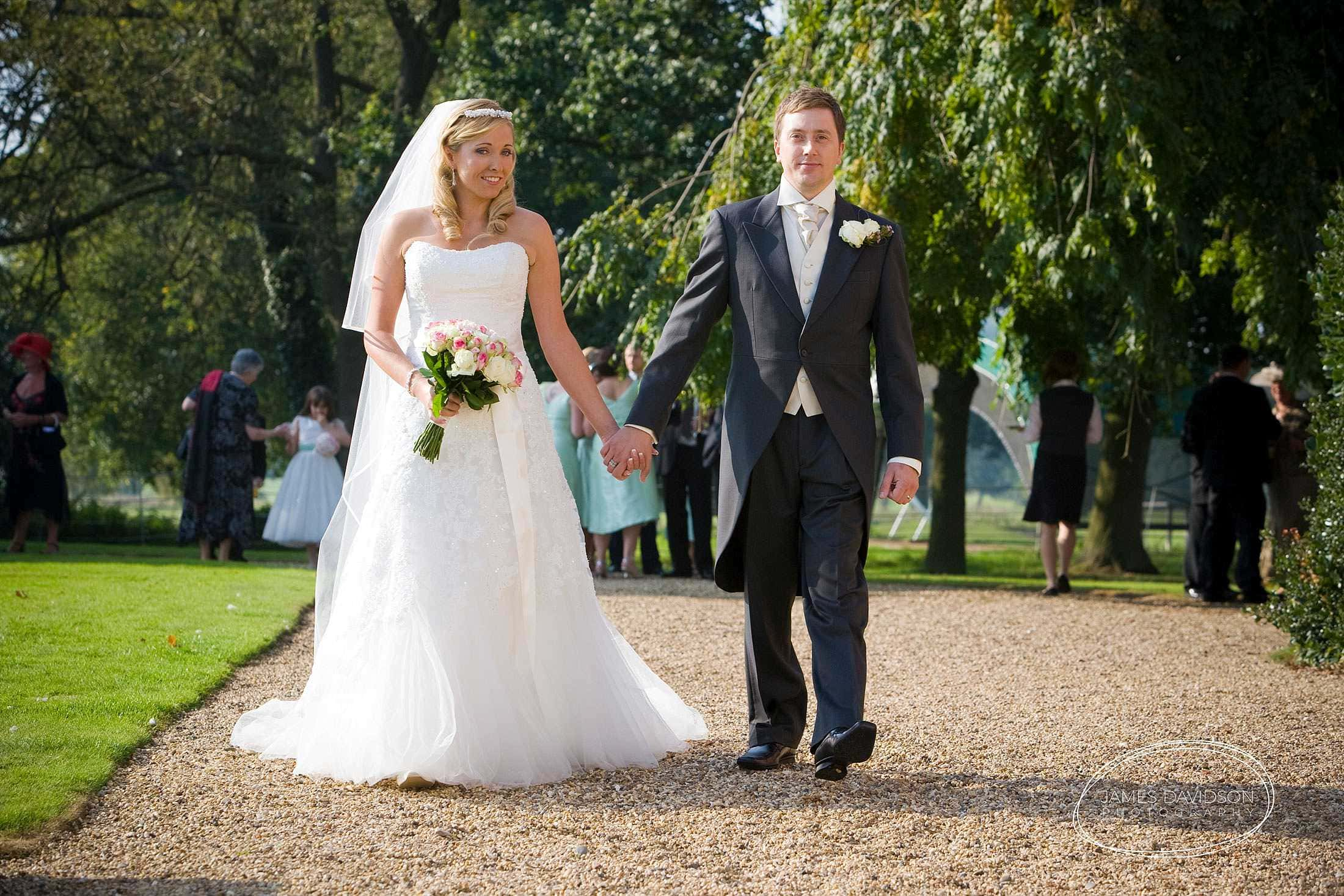 gosfield-hall-wedding-0032