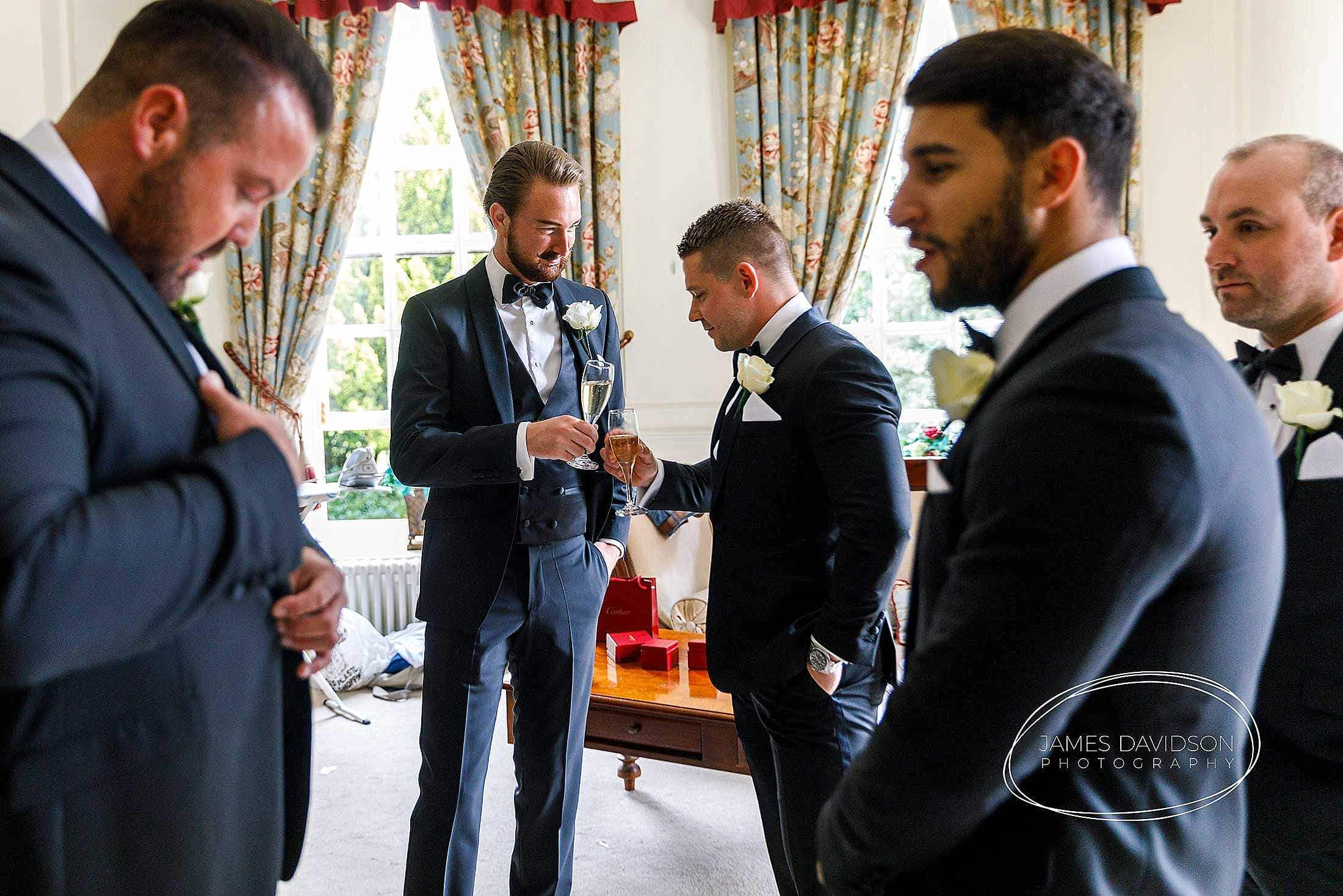 gosfield-hall-wedding-photography-018