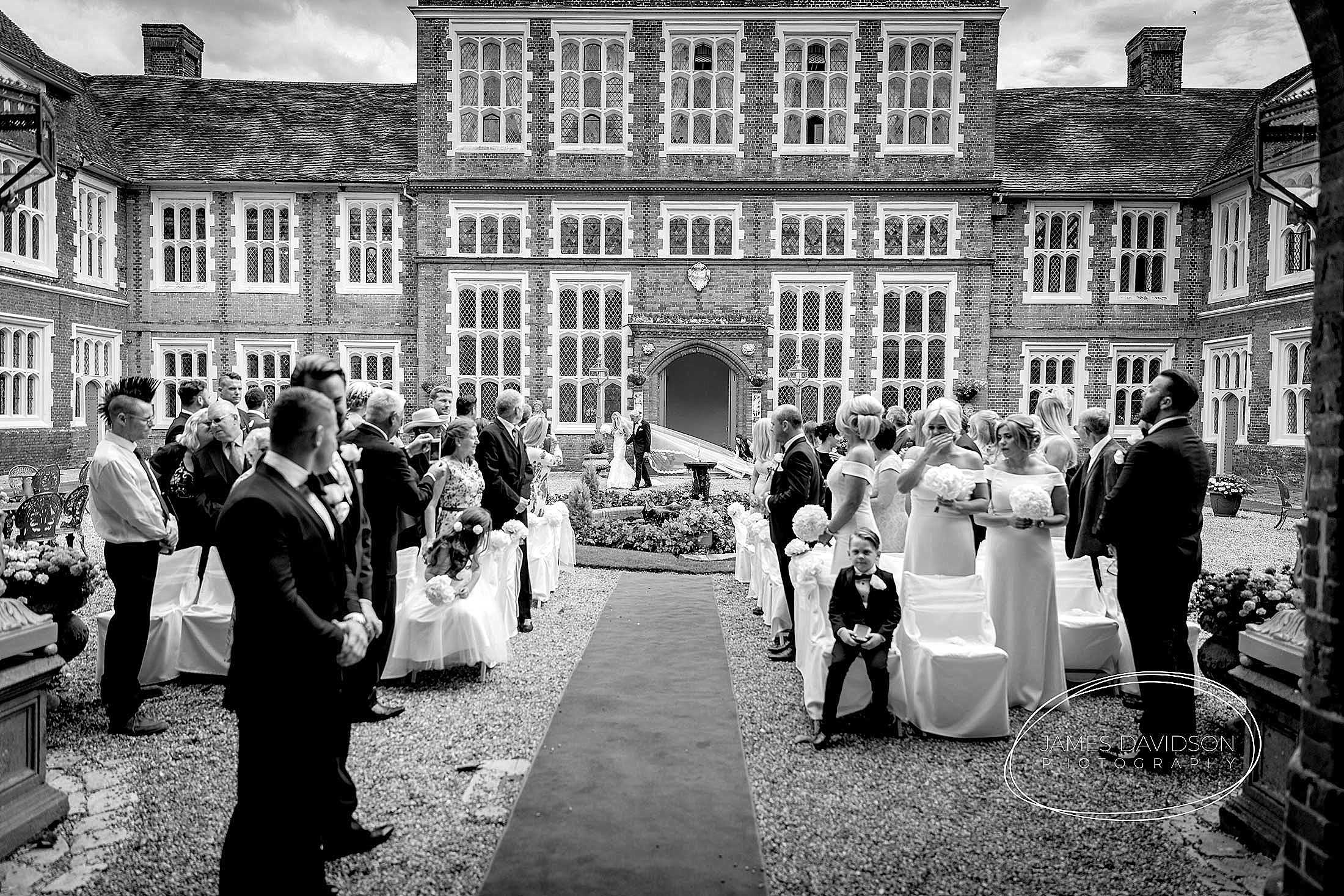 gosfield-hall-wedding-photography-047