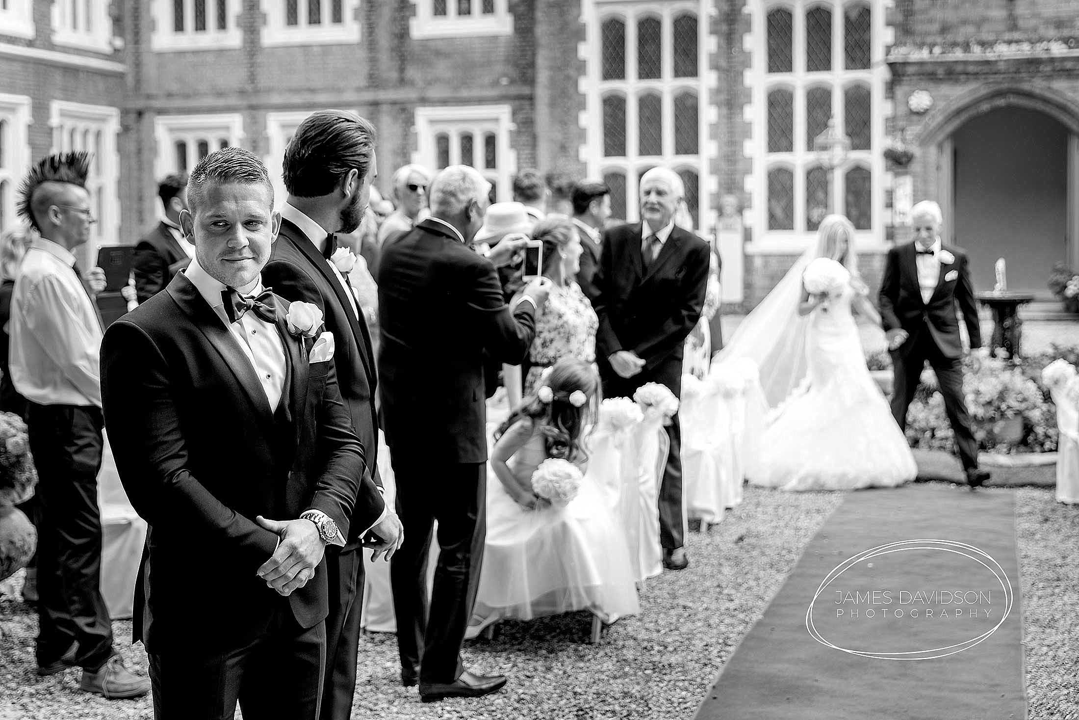 gosfield-hall-wedding-photography-049