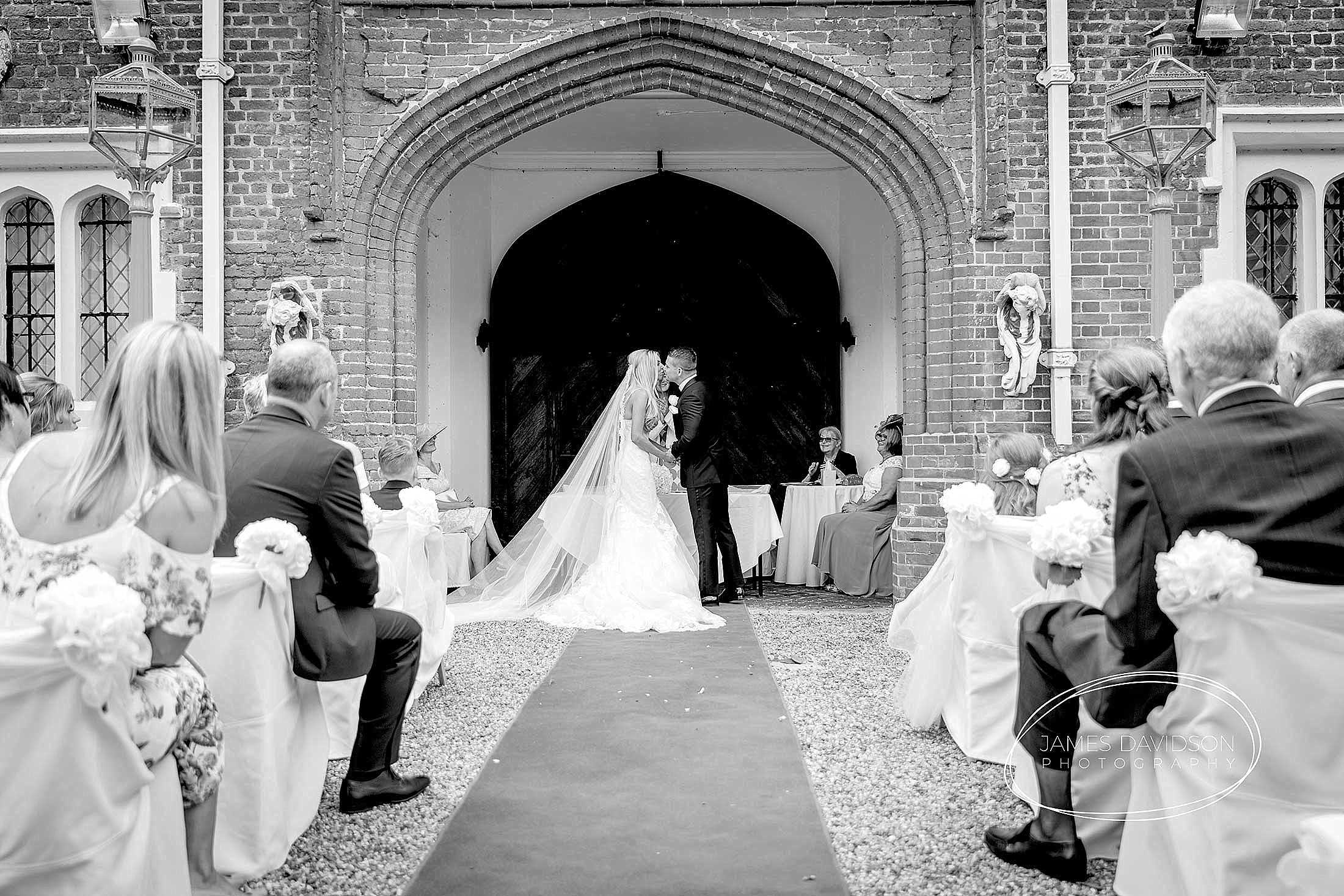 gosfield-hall-wedding-photography-057