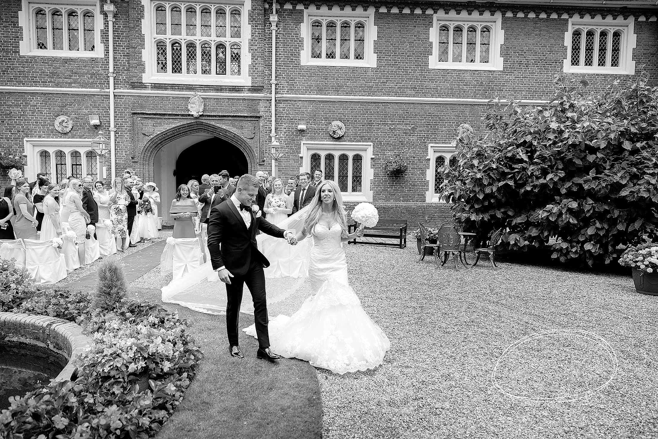 gosfield-hall-wedding-photography-063
