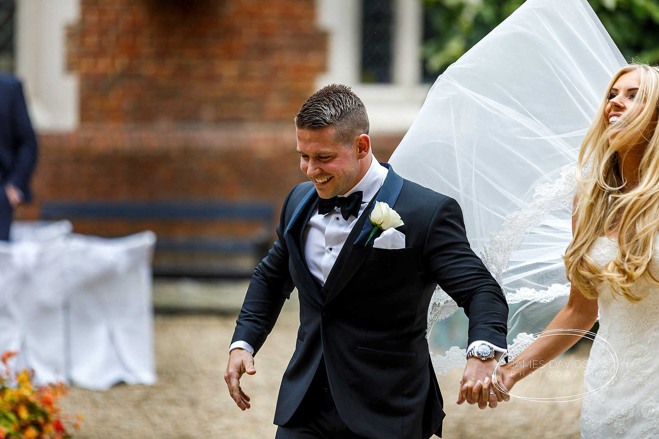 gosfield-hall-wedding-photography-064