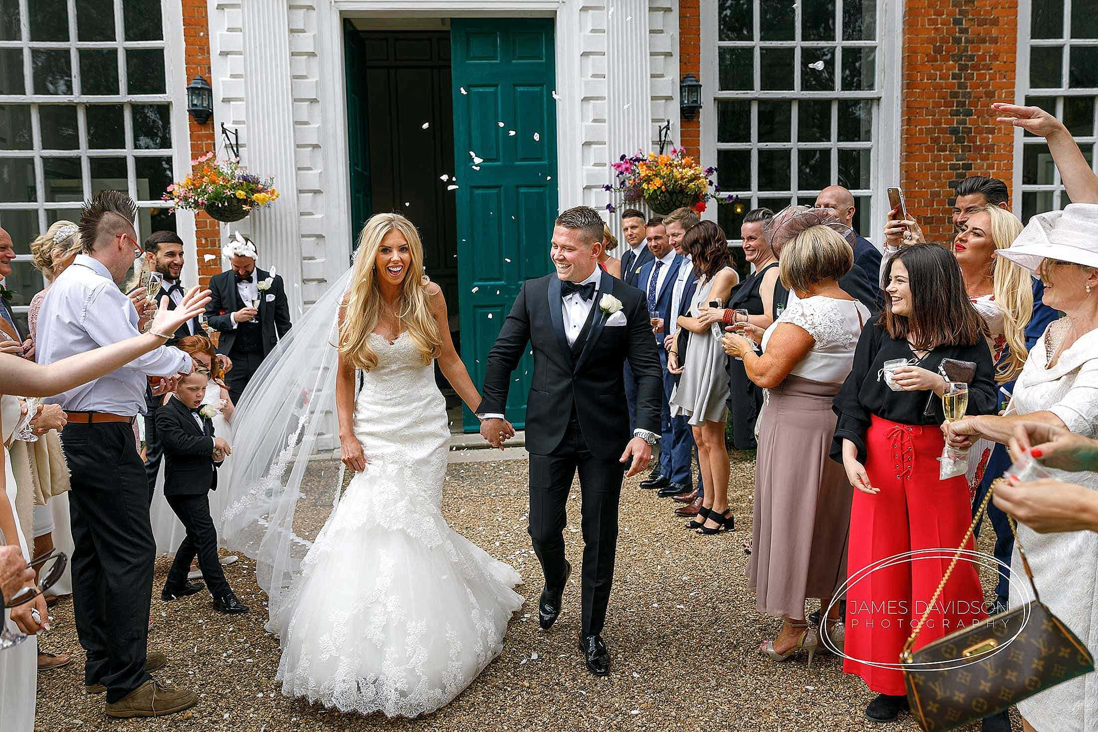 gosfield-hall-wedding-photography-067