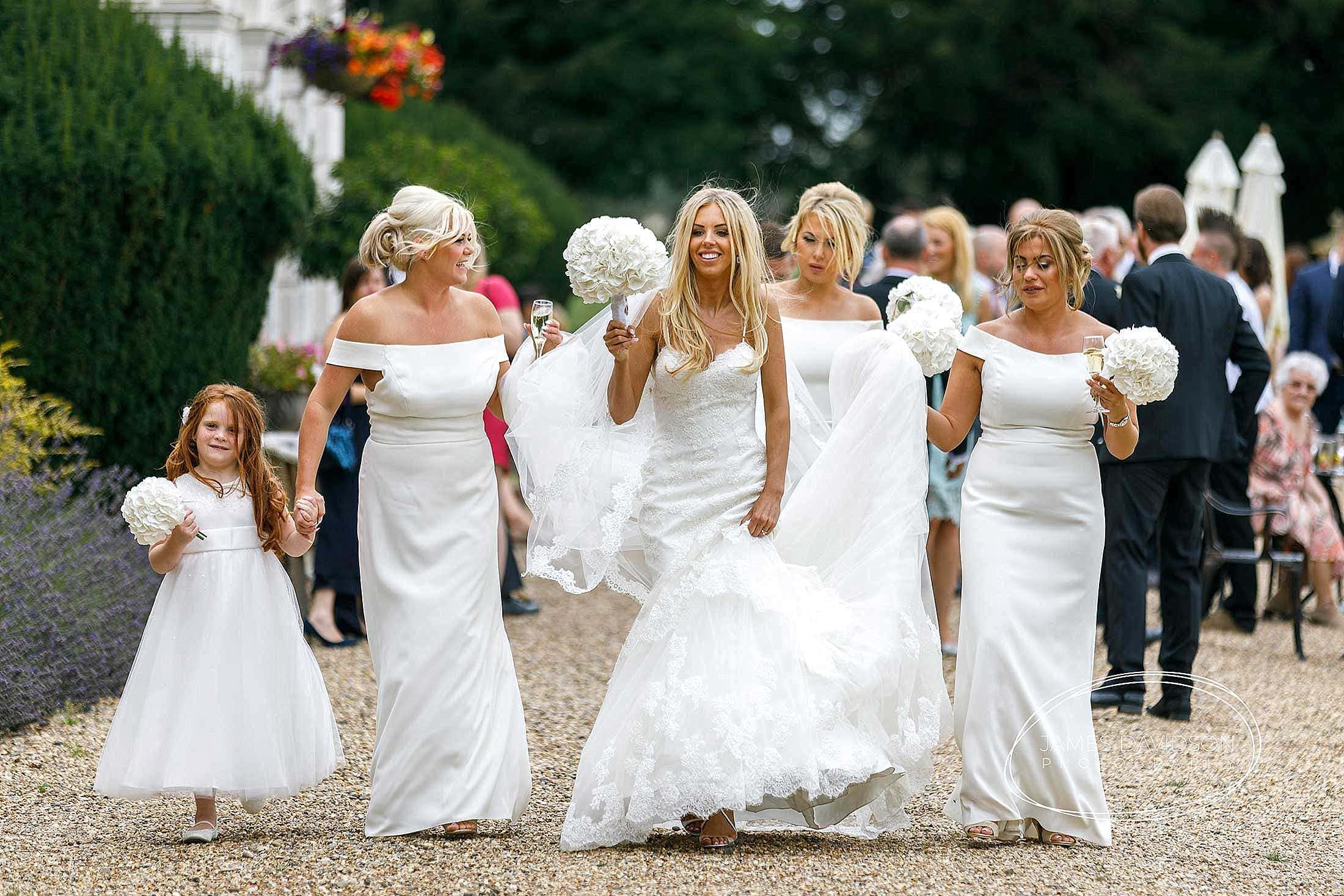 gosfield-hall-wedding-photography-080