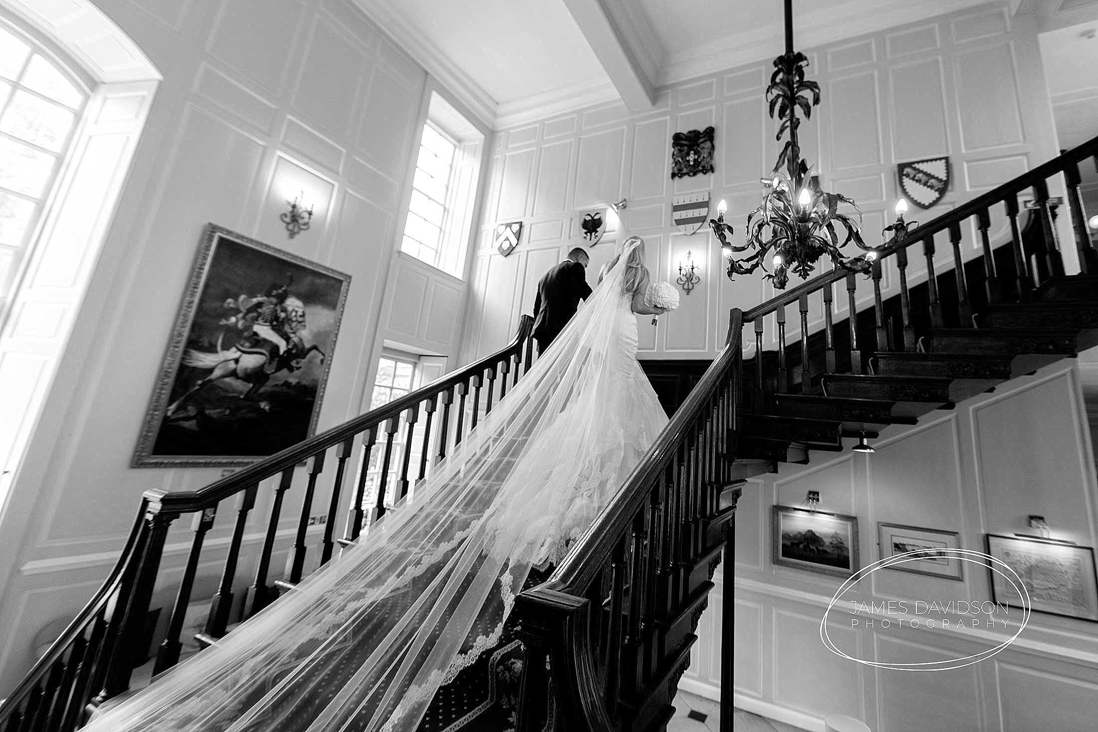 gosfield-hall-wedding-photography-092