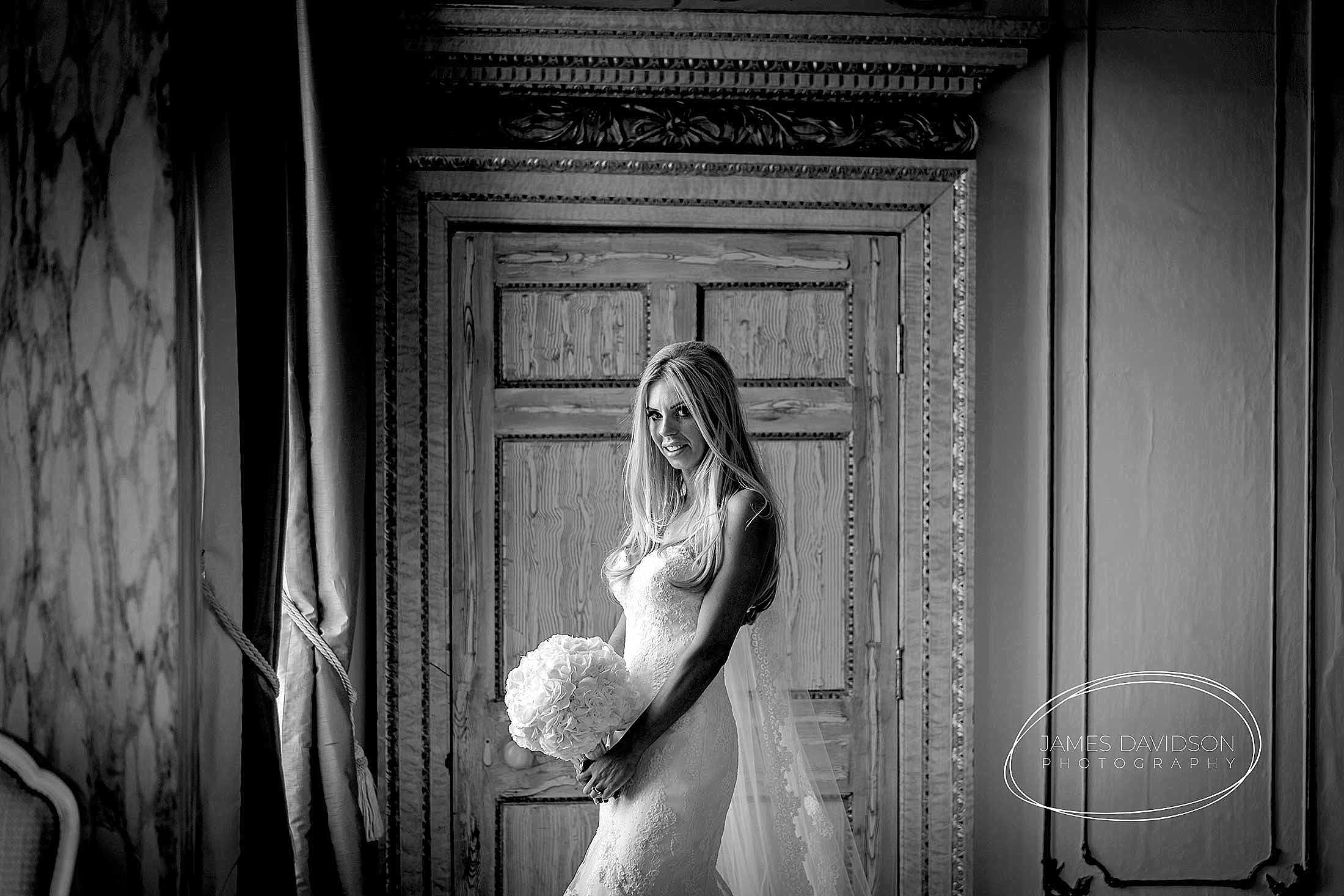 gosfield-hall-wedding-photography-099