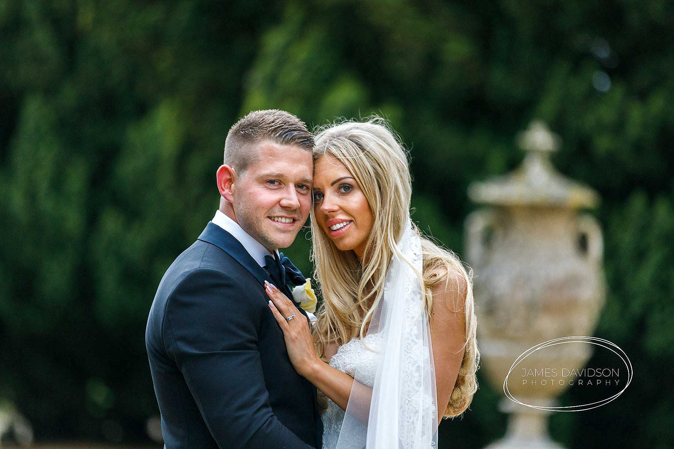 gosfield-hall-wedding-photography-142
