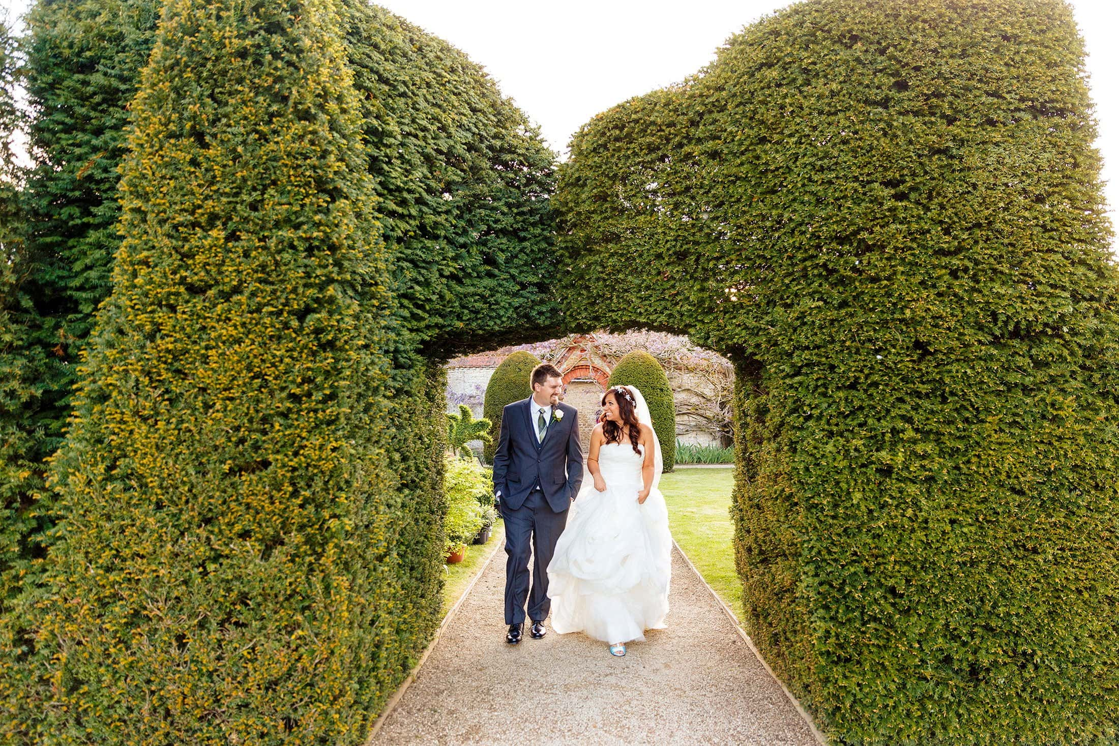 LOSELEY WEDDING PHOTOGRAPHY OF HARRIET & KEVIN