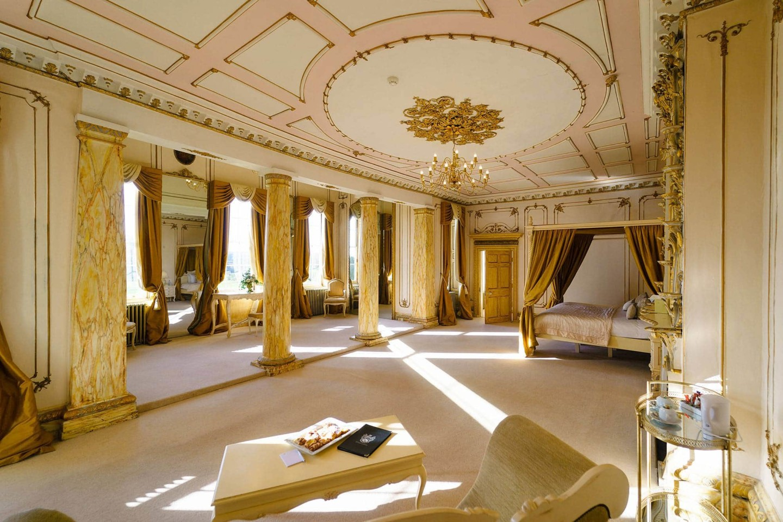 Gosfield Hall roccoco suite