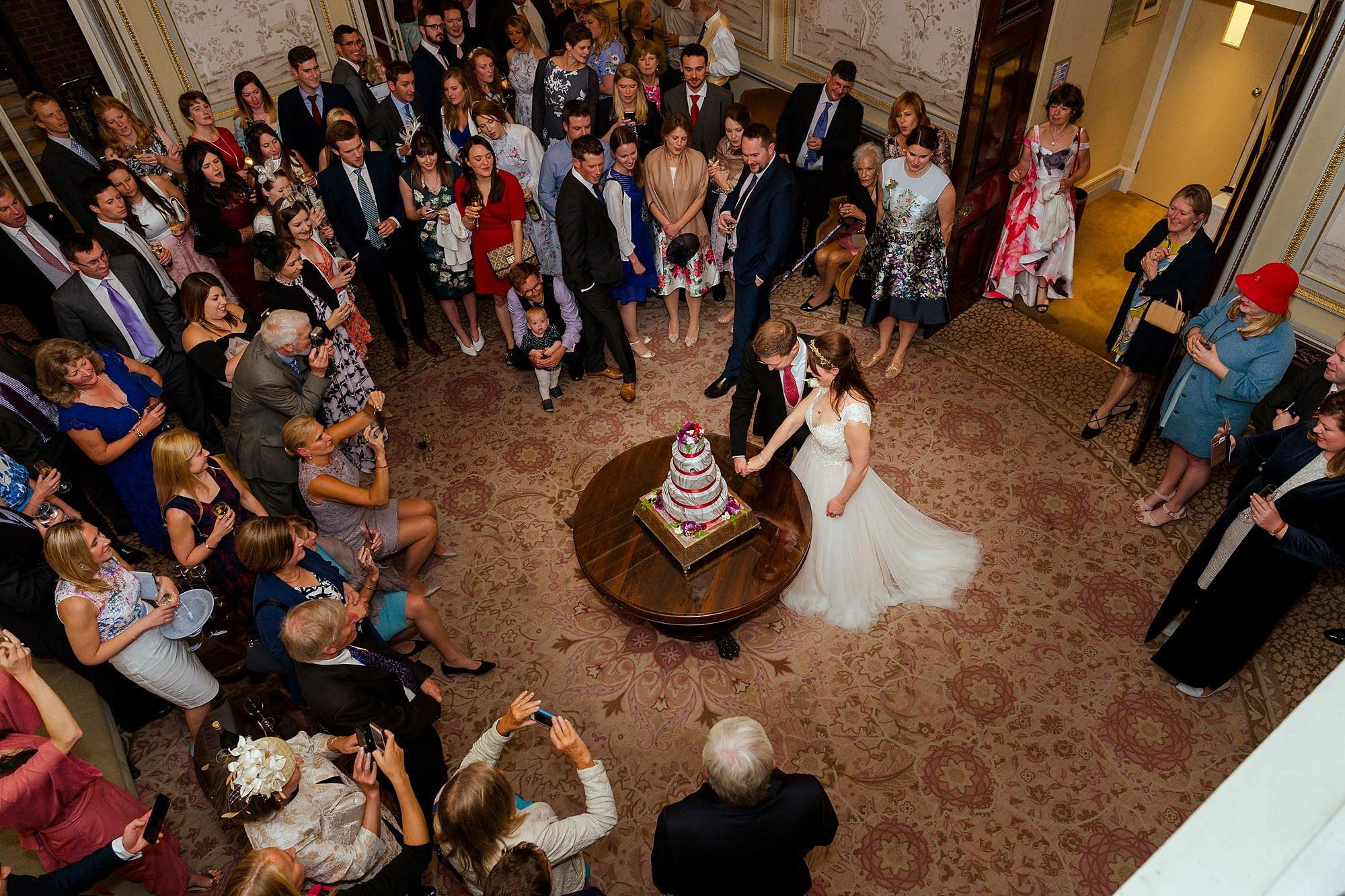 Lansdowne wedding photographer cake cut