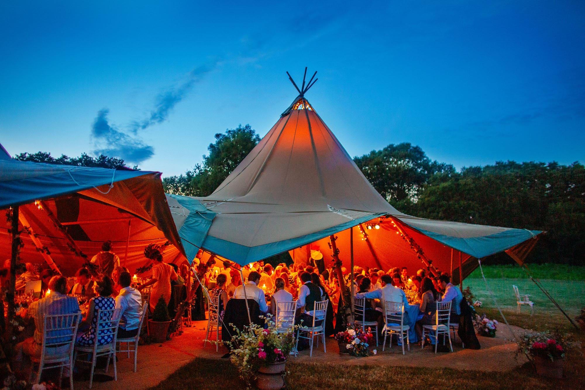 hampshire tipi wedding
