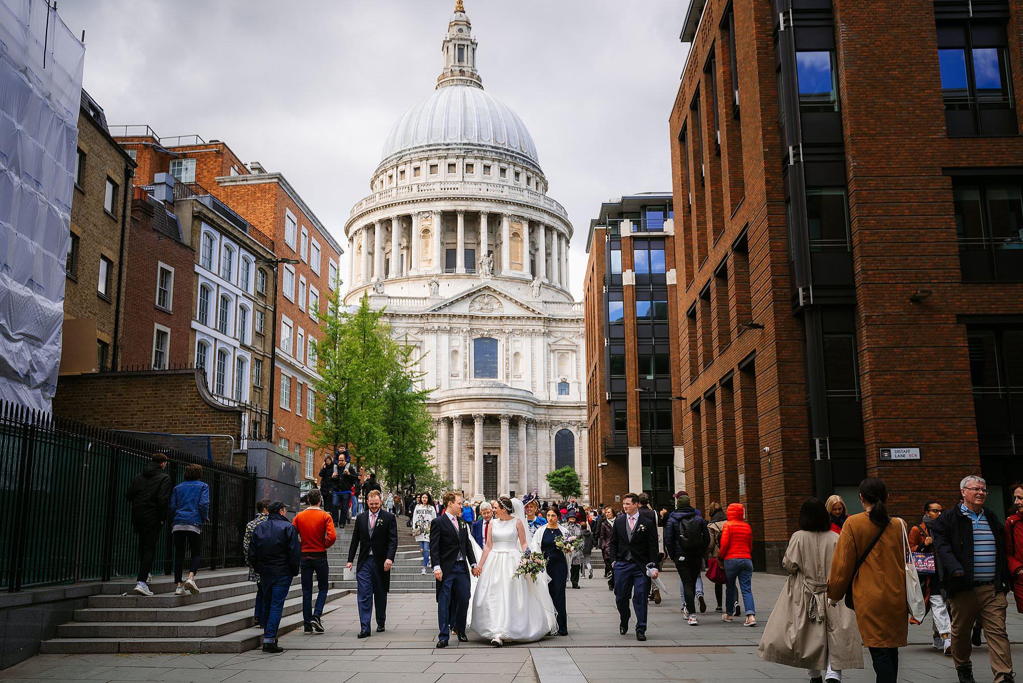 Thames river cruise wedding